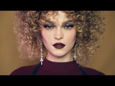 PICTURRESQUE X Kate Make-up Tutorial ELONGATE EYELINER LOOK + VAMP LIPS
