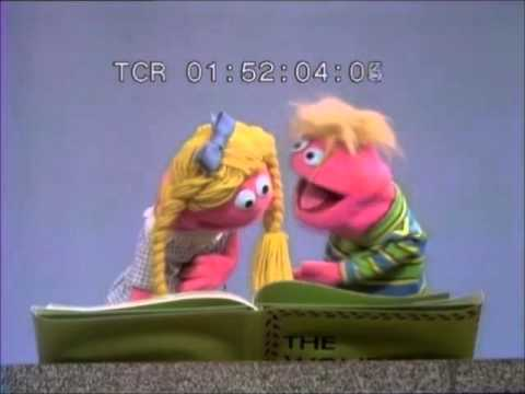 Sesame Street - Anything Muppet Book Fight