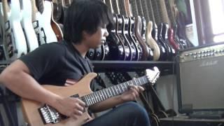 gitaris terbaik-cover melodi hujan gerimis aje-benyamin s