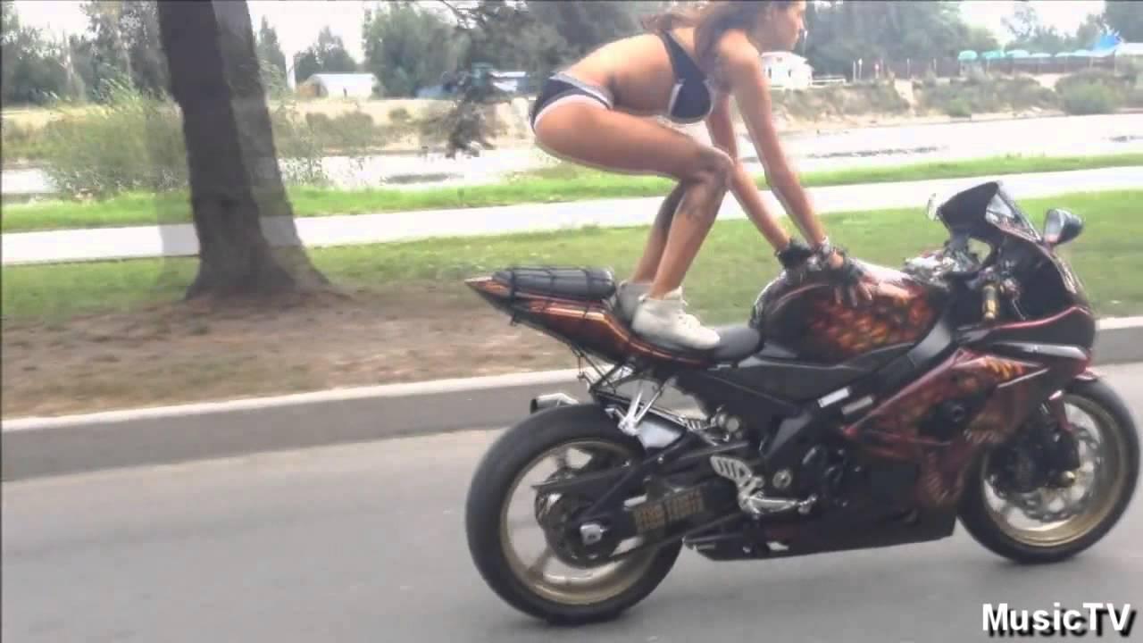 russkie-devchonki-na-mototsiklah-fotografii-seks-i-video-russkoy-pari-doma