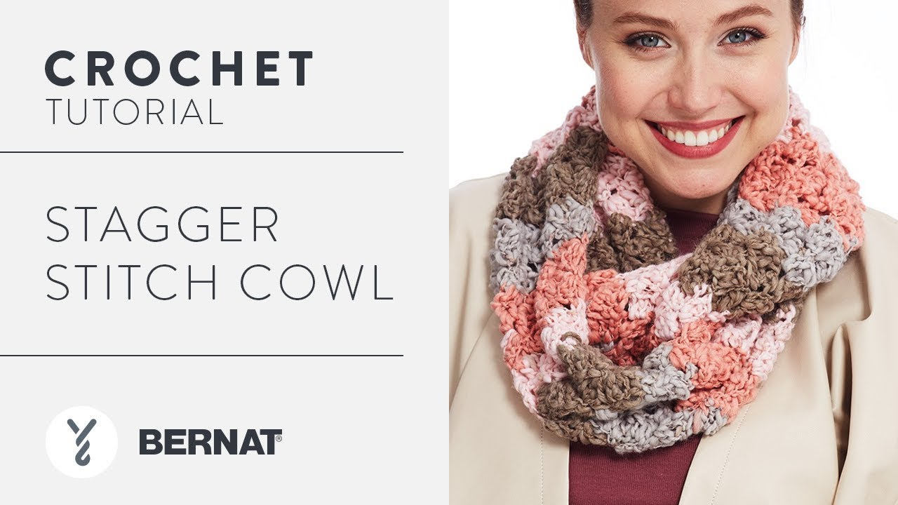 How To Crochet Stagger Stitch Cowl - YouTube