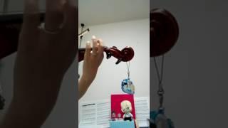 バイオリン初心者です! レイトスターターな上に 子育てなどで全然練習できてませんが。 ユーリ on Ice!!!のOP HistoryMarkerを練習してみました。...
