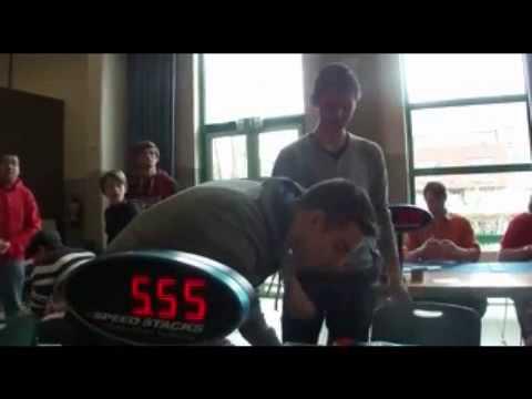 Собрал кубик Рубика за пять с половиной секунд рекорд    Вы смотрите канал mirsaidov 1998    Видео н