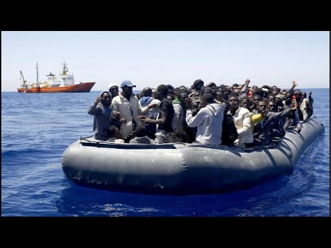 Hundreds Of  Boats Carrying African Migrants Reach Spain's Canary Islands