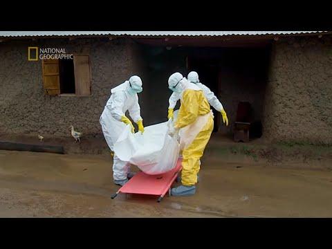 Ofiar było tak wiele, że grabarze nie nadążali z pochówkiem [Ebola: strefa zagrożenia]