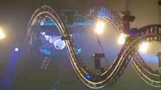 tommy lee roller coaster drum solo manchester uk