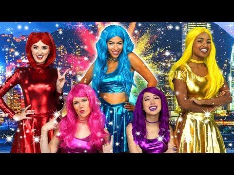 THE SUPER POPS RAP BATTLE with   CRYSTAL POP VS MISS FORTUNE Totally TV Originals
