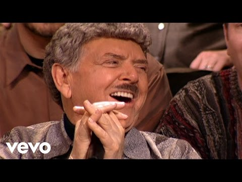 Bill & Gloria Gaither - He Keeps Me Singing [Live] ft. Jake Hess