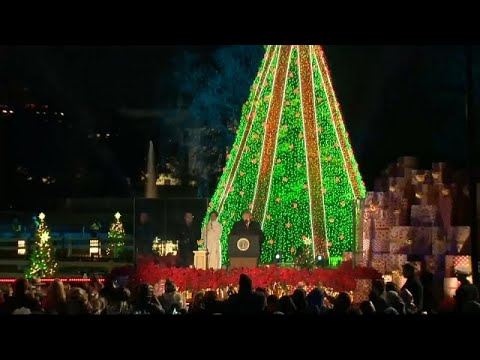Trump e Melania iluminam Natal na Casa Branca