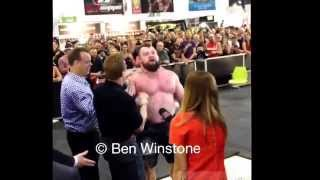 eddie hall 462kg 1018 5lbs strongman world deadlift record at arnold classic australia 2015