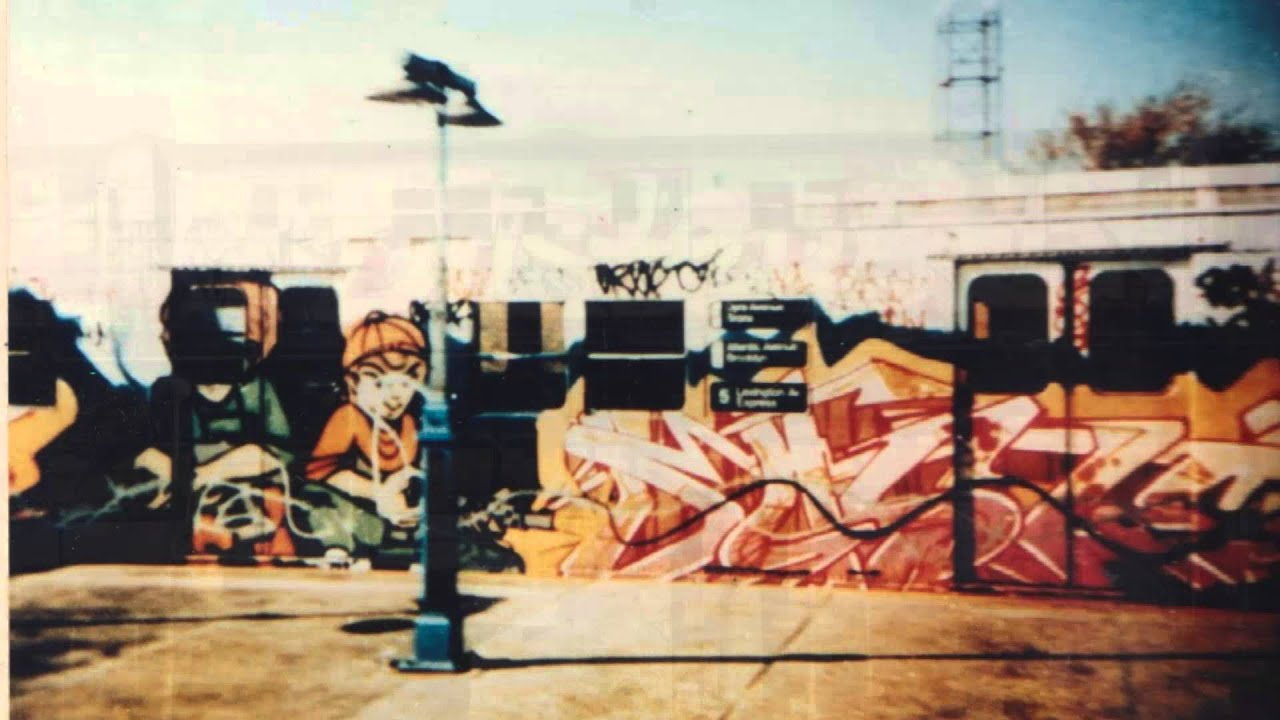 NYC Subways In 70s And 80s Full Of Graffiti PART 1 2