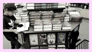 Book Shopping At Barnes & Noble 2017 - vlog