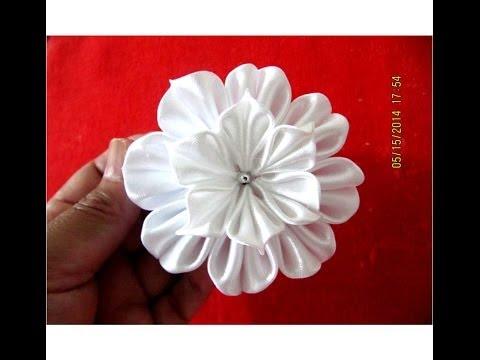 Flores blancas white flowers on ribbons en cintas para el cabello - vídeo en HD