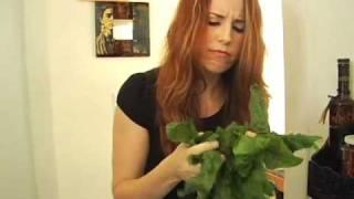 Aarti Paarti Ep. 26: Beatnik Spinach! (w/ Yellow Lentils)