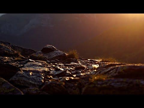 Rico Van Basten ft. Patricia McNiel - Take On Me