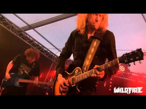 Diamond Head - Am I Evil? (Live at Wildfire 2015)