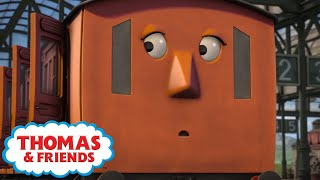 Annie's Window Gets Stuck! ⭐Thomas & Friends UK ⭐45 Minute Compilation! ⭐Cartoons for Children