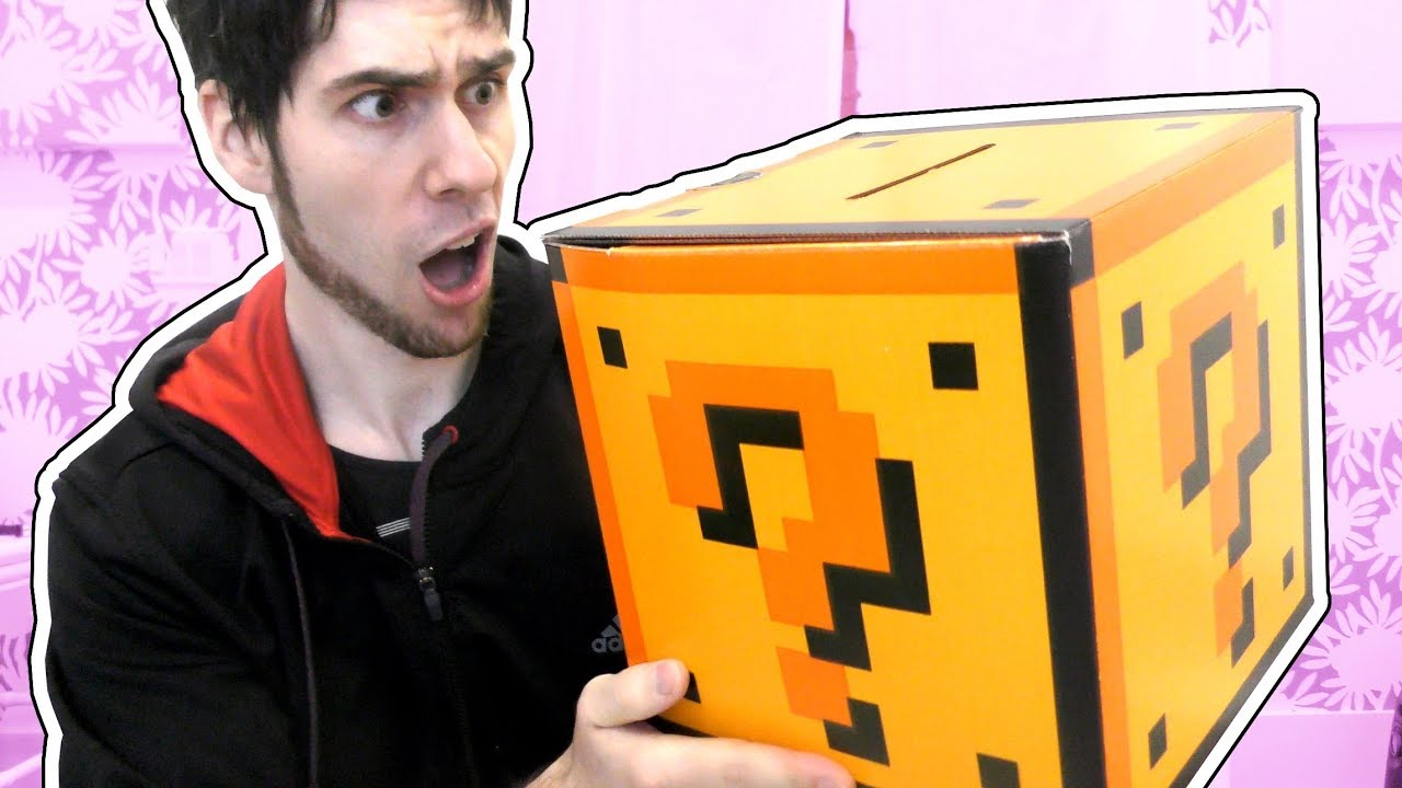 new-giant-lucky-block-surprise-box