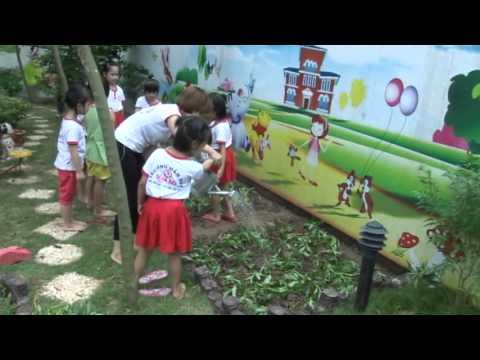 Hoạt động ngoài trời của các bé trường MN Họa Mi - Nho Lâm - Tân Lập - Yên Mỹ - Hưng Yên