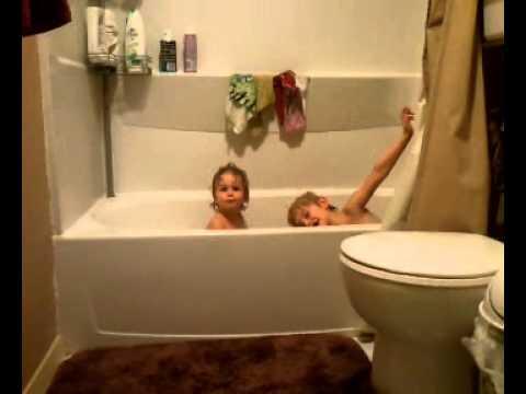 Kids Taking a Bath - YouTube