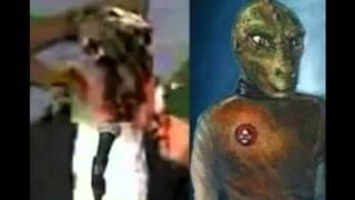 """Spektakuläre Aufnahme von fremdartig """"besessenen Menschen"""" oder Aliens in Menschengestalt"""