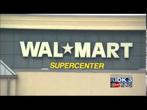 Walmart gives workers pay raise