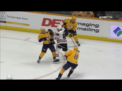 Gotta See It: Blackhawks' Kane vicious cross-check to Fiala'