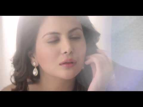 Ankita Shorey hot indigo paint ad - Associate Director- Priyannkka Shaily Shailendra