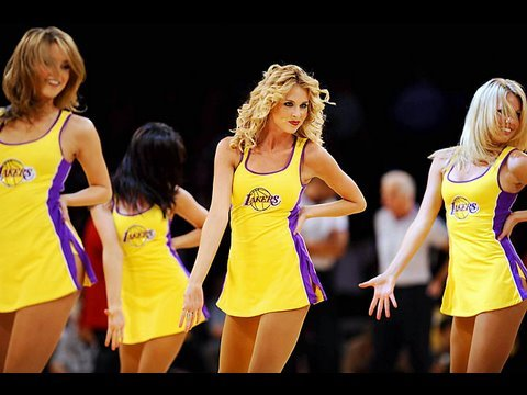 Laker Girls Tryouts, Kid Cudi Does Pokerface, and more on TWIYT #55