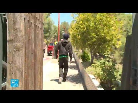 مهاجرون يصلون إلى مركز تأهيلي في فالنسيا الإسبانية  - نشر قبل 5 ساعة