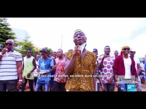 Iba Montana, un rappeur malien à la machette qui inquiète