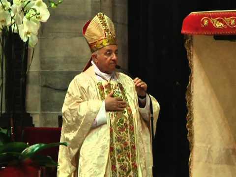 8 settembre 2012 - il saluto del card. Tettamanzi a mons. Redaelli, Vescovo di Gorizia