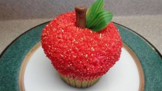 Decorating Cupcakes #47  The Apple