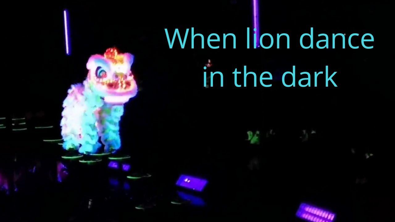 Tawau Glow In The Dark Lion Dance Show