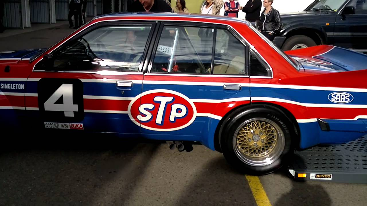 Muscle Car Pics >> VH Group C Commodore - YouTube