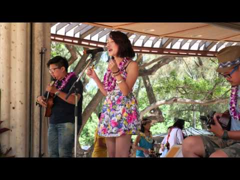 ukulele-festival-hawaii-2015-–-johnny-chang-ukulele-band-(taiwan)