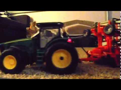 siku traktor ferngesteuert youtube. Black Bedroom Furniture Sets. Home Design Ideas