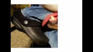 МУЖСКАЯ ОБУВЬ CROCS(Саша и Дени продебютировали в рекламе забавной мужской обуви. P.S. Небольшой фрагмент, не вошедший в ролик..., 2011-10-05T07:46:47.000Z)