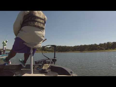 Lake Arlington Invasion With Dee Crappie ***TWO POUNDER SIGHTING***