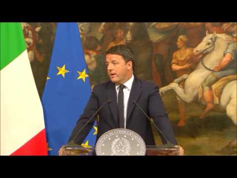 Matteo Renzi Italian PM resignation speech after referendum defeat Rome 04/12/2016