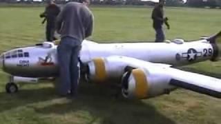 Radiomodelismo - O maior avião RC do mundo ?