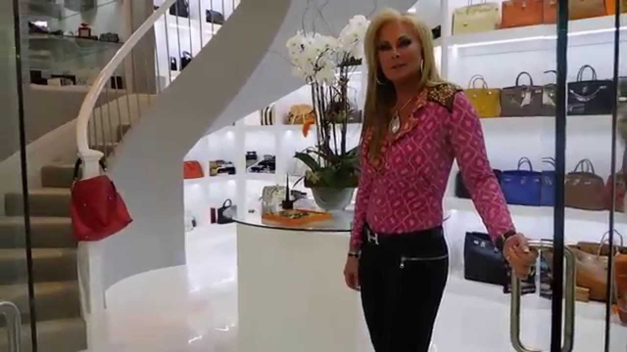 World 39 s most expensive closet the most stunning for Best walk in closets in the world