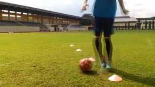 Tutorial Teknik dasar permainan sepak bola ( PKO A 2014 FIK UNY)