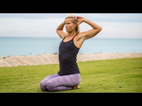 A Preand Post-Yoga Sequence to Improve Alignment