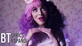 Melanie Martinez - Dollhouse (Lyrics + Español) Video Official