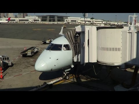 Air Canada E-190 Flight BOS-YYZ