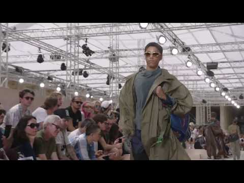 Live: The Louis Vuitton Men's Spring - Summer 2018 Fashion Show