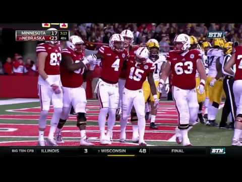 Tommy Armstrong, Jr Scores Touchdown & Gets Carried Off vs. Minnesota