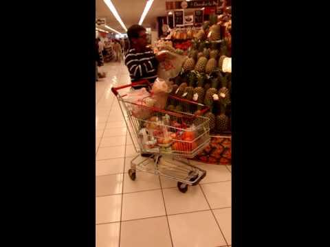 Peruvian Supermarket (pineappple 2)