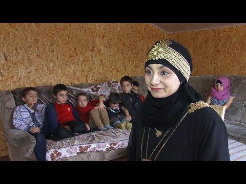 Крымская мусульманка одна